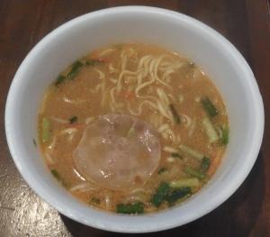 饗 くろ喜のカップ麺-2