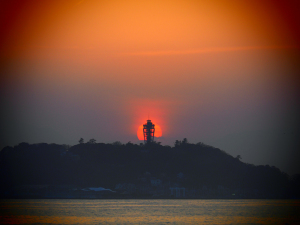 稲村ヶ崎からのダイヤモンド江ノ島-07
