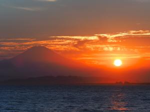 片瀬漁港から撮って見た-02