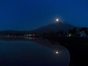 山中湖からのパール富士?_02